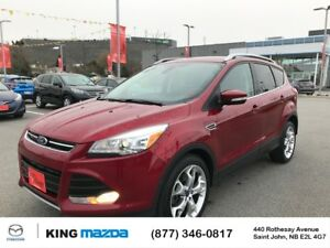 2015 Ford Escape Titanium LOW KMS..PANO ROOF..GPS/NAV..NEW TIRES