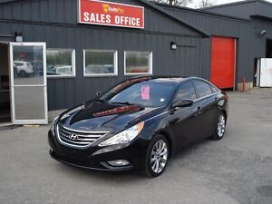 2013 Hyundai Sonata Limited Leather Sunroof only 24000Kms