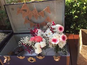 Flower crown bar and flower crown workshops for parties Nollamara Stirling Area Preview