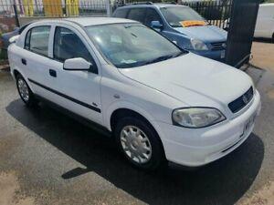 2003 Holden Astra TS MY03 CD White 4 Speed Automatic Hatchback Morphett Vale Morphett Vale Area Preview