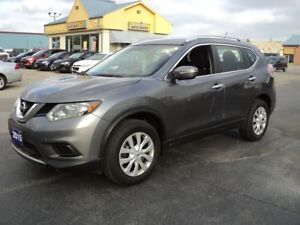 2015 Nissan Rogue SV AWD 2.5L BackUpCamera Bluetooth