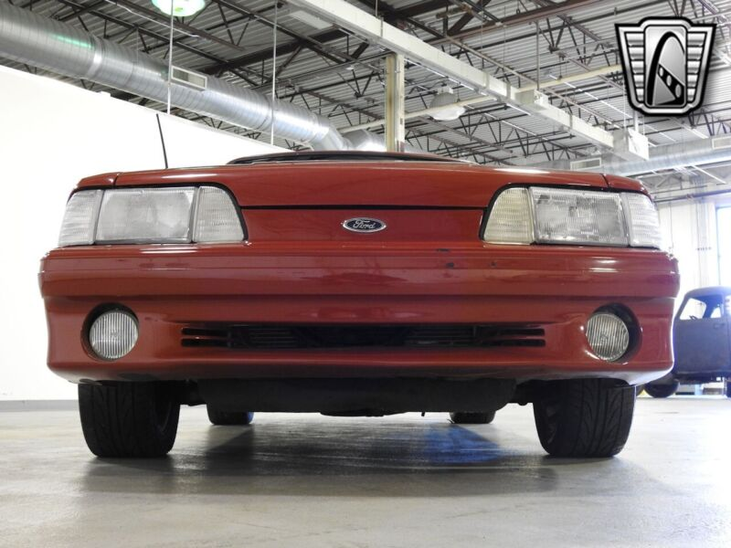 Image 5 Voiture American classic Ford Mustang 1988