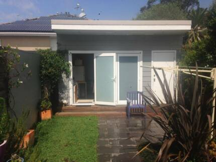 Short term studio / grannyflat Marrickville