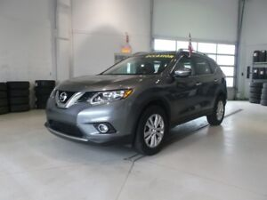 2015 Nissan Rogue SV TOIT PANORAMIQUE CERTIFIED NISSAN CANADA