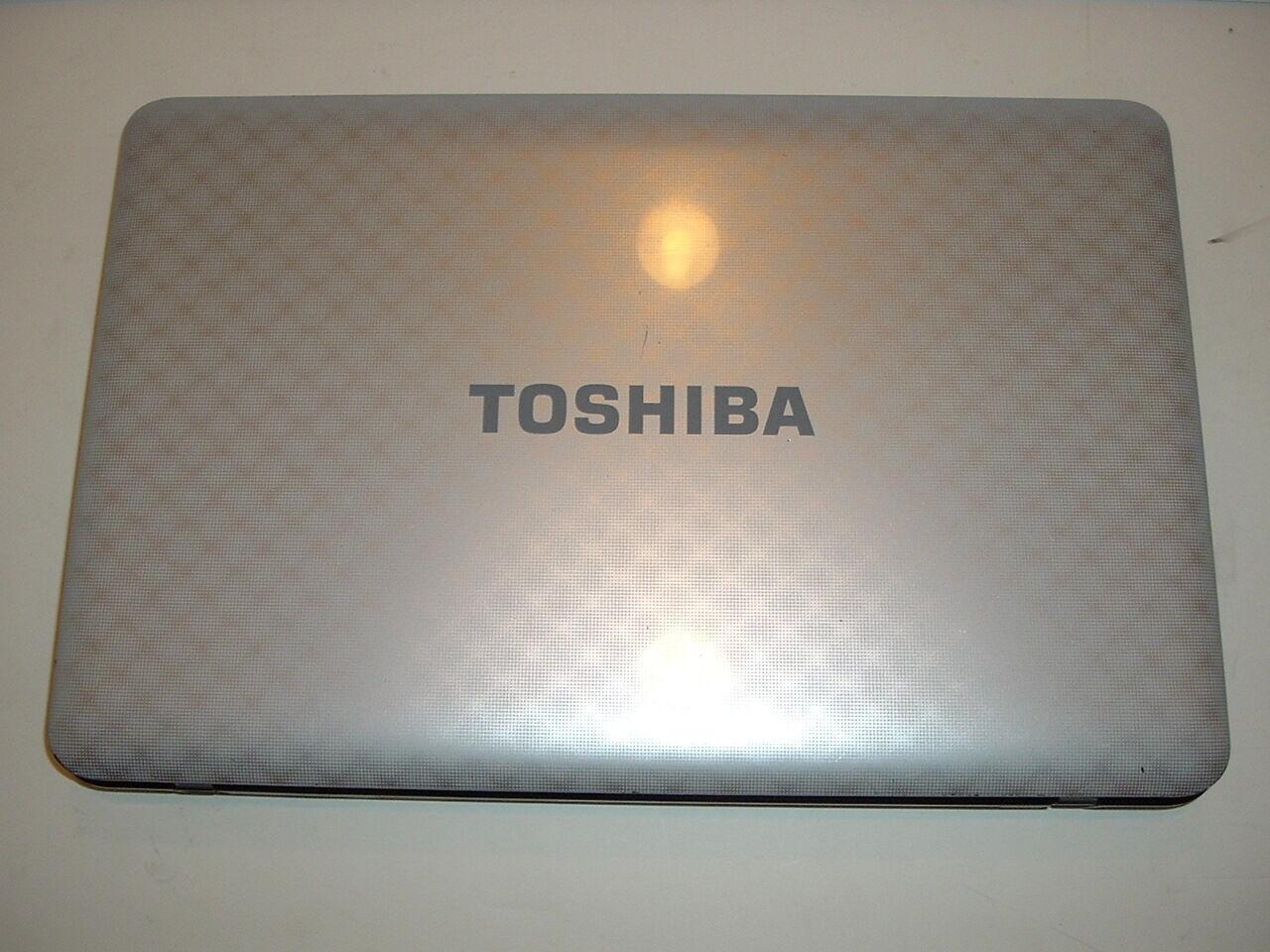 """Toshiba Satellite L755-S5214 15.6"""" Laptop/Notebook i3-2310M 2.1GHz/320GB/4GB/W7"""