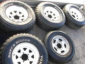 Toyota Land Cruiser.. Sunraysia rims 8JJX15 SUPER DIGGER 31X10.5 Clayton Monash Area Preview