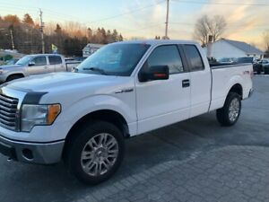 2010 Ford F-150 XLT  4x4 open to Offers