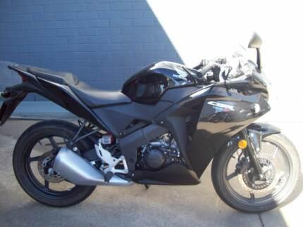 2011 Honda CBR125 sports bike  Road Bike