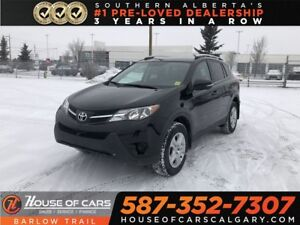 2015 Toyota RAV4 LE / Back Up camera / Heated seats