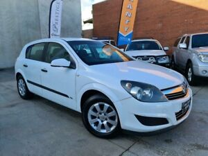 2009 Holden Astra AH MY09 CD White 4 Speed Automatic Hatchback Osborne Park Stirling Area Preview