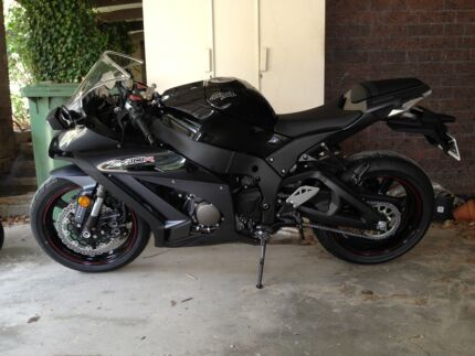 Well maintained always garaged 2012 ZX-10R for reluctant sale