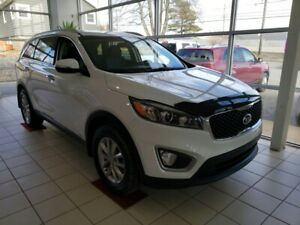 2018 Kia Sorento 2.4L LX AWD. Full warranty to 2023. New Demo.