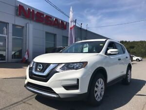 2017 Nissan Rogue SV AWD BRING ON WINTER!