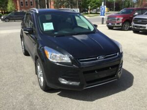 2015 Ford Escape Titanium | 4WD | One Owner | Navigation