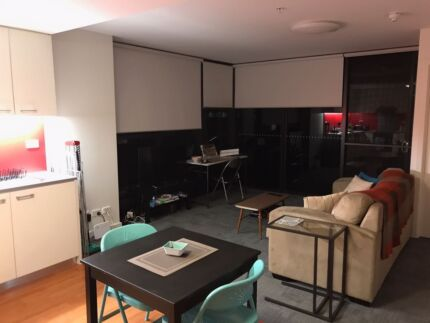 1 room for rent in 2 bedroom  1 bathroom Adelaide City apartmentNorth Terrace PENTHOUSE apartment   Flatshare   Houseshare  . Rent A Bathroom Adelaide. Home Design Ideas