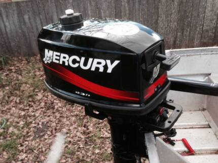 Mercury outboard motor, 4hp, 2 stroke, long shaft, like new Armidale 2350 Armidale City Preview