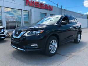 2018 Nissan Rogue $4000 OFF!!! Moonroof & Tech Package!!!