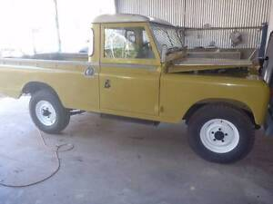 1974 Land Rover (4X4) 14,000kms Gidgegannup Swan Area Preview