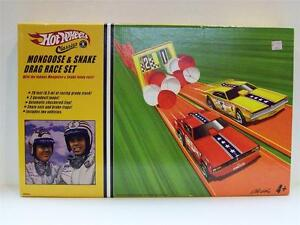 Hot Wheels Classics Mongoose and Snake Drag Race Set