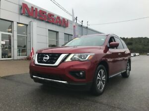 2017 Nissan Pathfinder SL AWD SHOWROOM SPECIAL