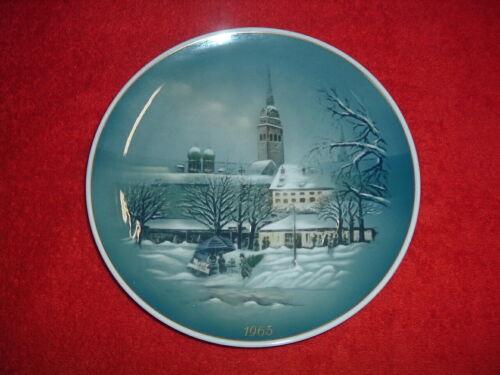 "ROSENTHAL  1965 Christmas Plate, 8 3/4"", Mint"