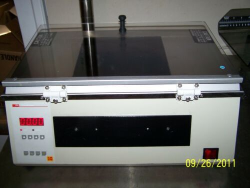 IBI Kodak Ultralinker UV Table and UV Crosslinker Transilluminator
