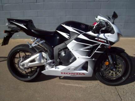2016 Honda CBR600RR super sports road bike