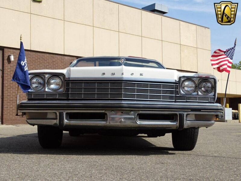 Image 5 Voiture American classic Buick LeSabre 1975