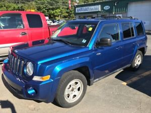 2010 Jeep Patriot north  4 new tires