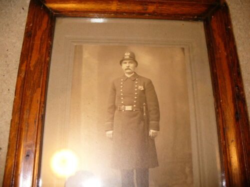Circa 1900 Baltimore Area Police Officer Photograph Cabinet Card Leather Strap