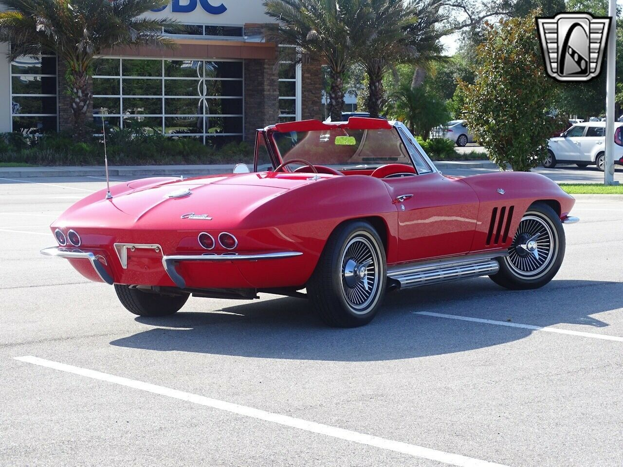 1965 Red Chevrolet Corvette Stingray  | C2 Corvette Photo 7
