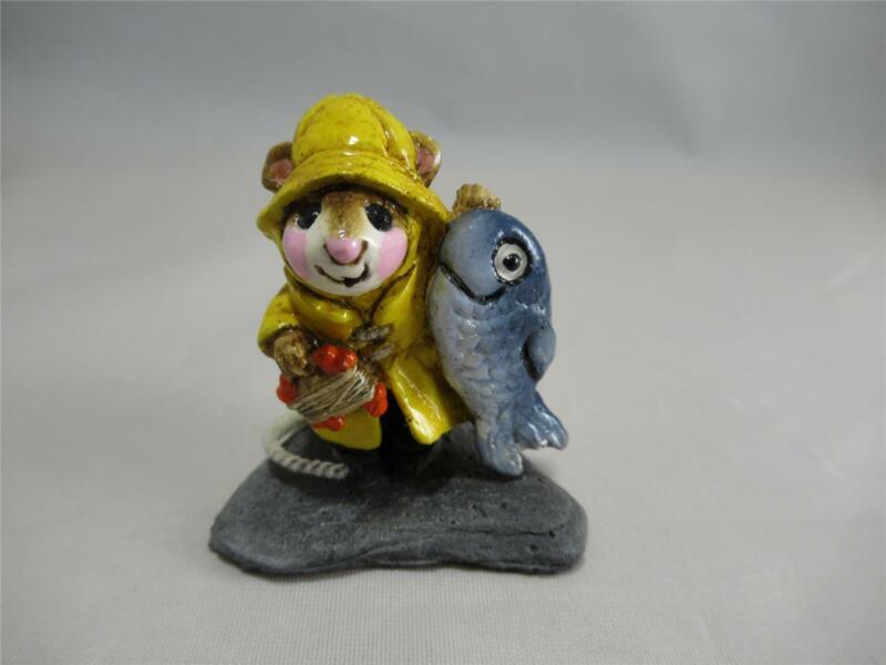 Wee Forest Folk Fisher Mouse M-041 Retired - Wonderful Vintage WFF! Older Box