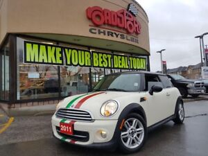 2011 MINI Cooper Classic P-ROOF LEATHER AUTO ALLOY  WHLS H-TED S