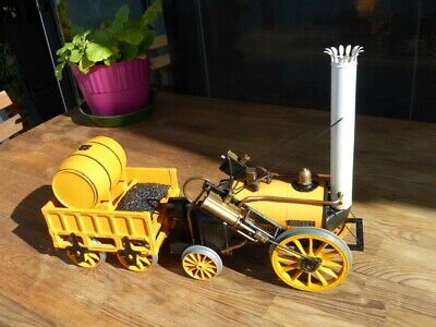Hornby Rocket Live Steam Eng Loco and Track Train Set
