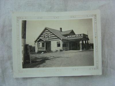 Vintage 1930s Photo Roadside Richfield Gas Station 814