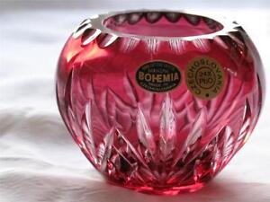 Striking Hand Cut Bohemia Crystal Glass Round Posy Vase or Trinket Pot BURGUNDY