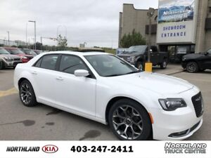 2015 Chrysler 300 S PADDLE SHIFT/LEATHER/PANO ROOF