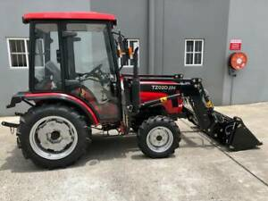 Lovol 25hp 4WD 254 Cab Tractor with 4 in 1 Loader Molendinar Gold Coast City Preview