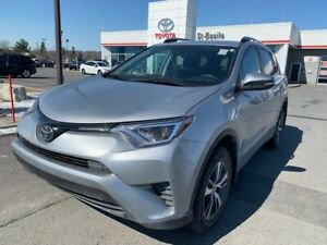 2018 Toyota RAV4 LE AWD MAGS SIEGES CHAUFFANTS BLUETOOTH CAM REC