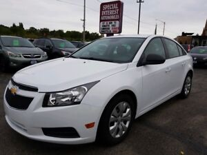 2013 Chevrolet Cruze LS CLEAN CAR PROOF !!  ONE OWNER !!