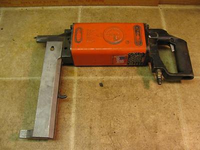 Pneutek Pt77 Air Safe Fasteners Metal Deck Concrete Nail Pin Gun Tool
