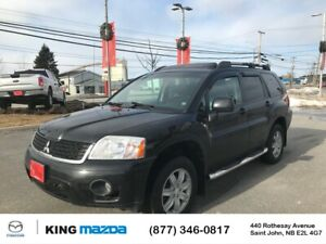 2011 Mitsubishi Endeavor SE AWD..LOADED..LEATHER..HEATED SEATS..