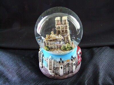 Scenes of London Water Ball Snowglobe Westminster Abbey.