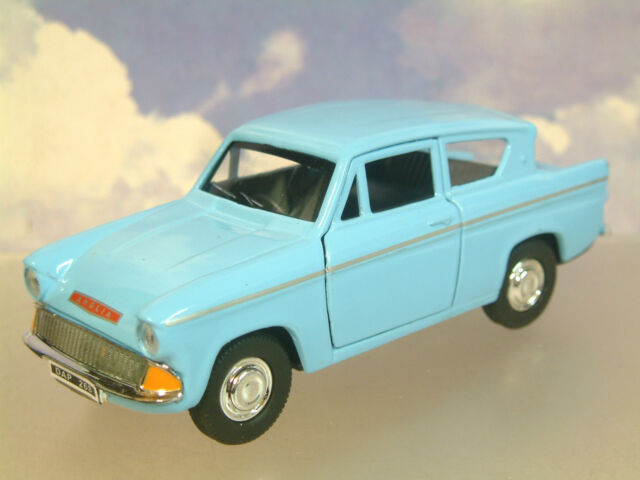 """GREAT SAICO 1/32 DIECAST FORD ANGLIA 105E IN BLUE WITH PULL BACK MOTOR 5"""" LONG"""