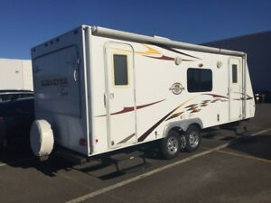 2010 ROULOTTE Surveyor SPT234T Price includes a reduction for fi