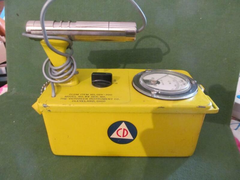 Geiger counter Victoreen CDV 700 6B upgraded parts new transistors