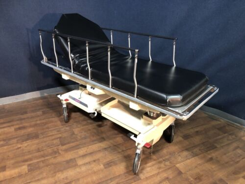 Hausted 800 Series PACU Gurney/Stretcher
