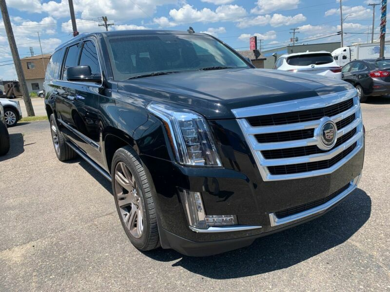 Image 1 Voiture American used Cadillac Escalade 2015