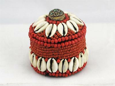 BEAUTIFUL VINTAGE TIBETAN SMALL BOX MADE OF RED CORAL AND SEA SHELLS