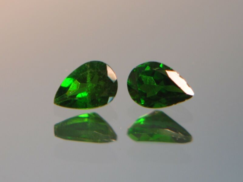 1.35CTW STUNNING UNTREATED NATURAL DARK YELLOW GREEN RUSSIAN CHROME DIOPSIDE SET